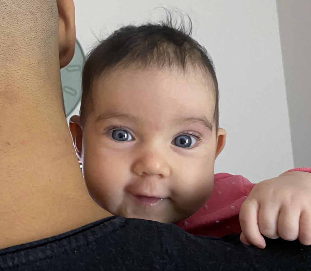 har alla bebisar blå ögon när de föds
