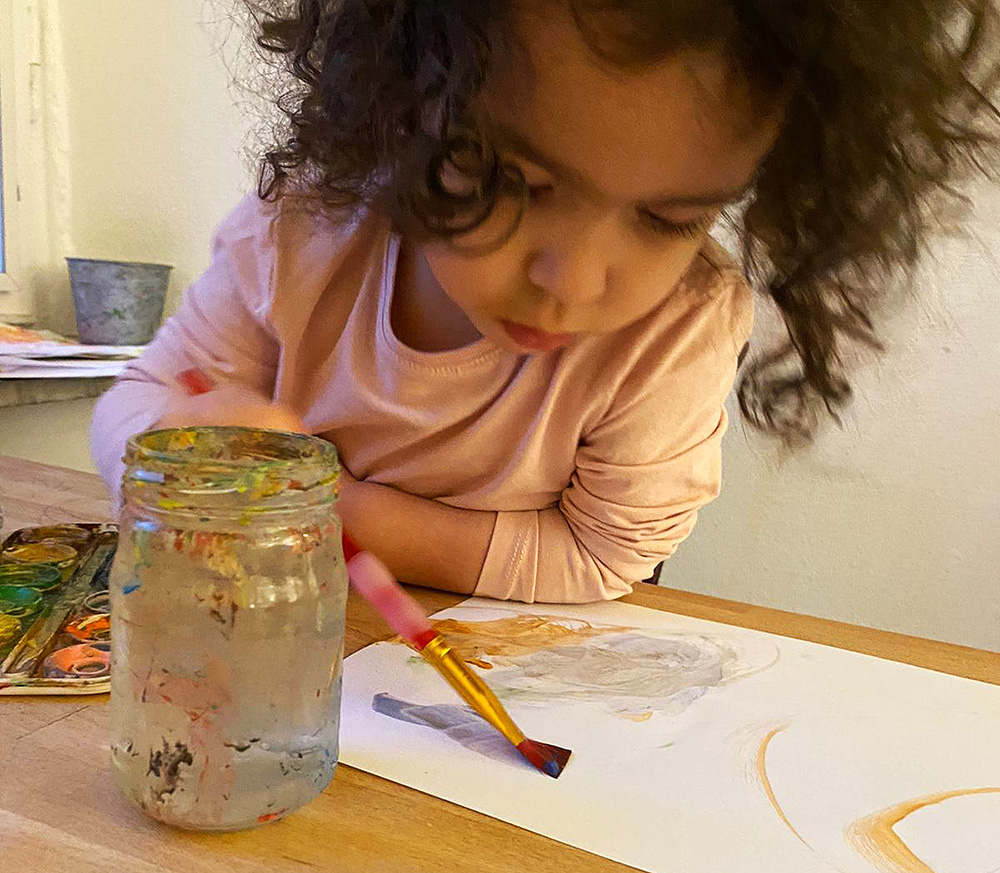 Flerspråkigt barn tvåspråkig pratar senare