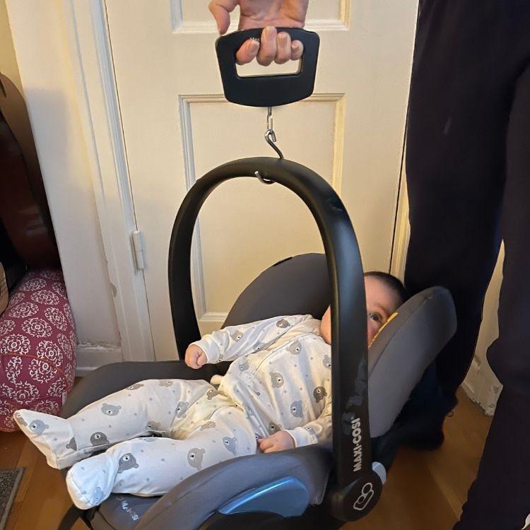 väga bebis hemma våg