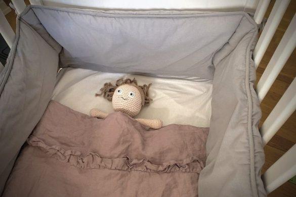 Sängkläder spjälsäng påslakan lakan